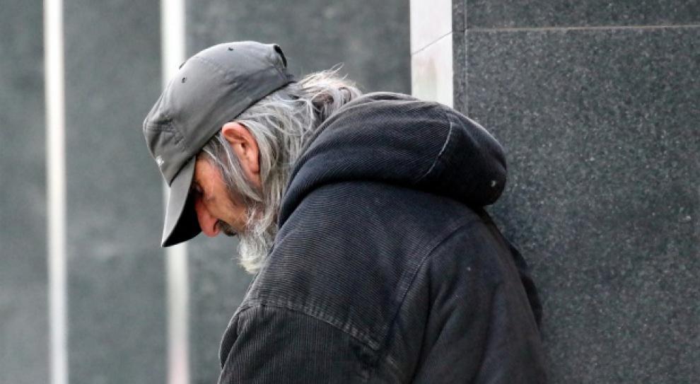 Warszawa, dentysta: Dentyści będą leczyć zęby bezdomnym za darmo