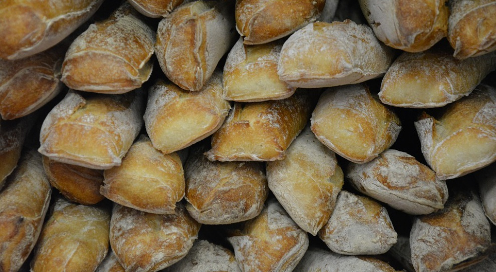 PIP: Zarzuty dla właścicielki piekarni za fałszowanie ewidencji czasu pracy