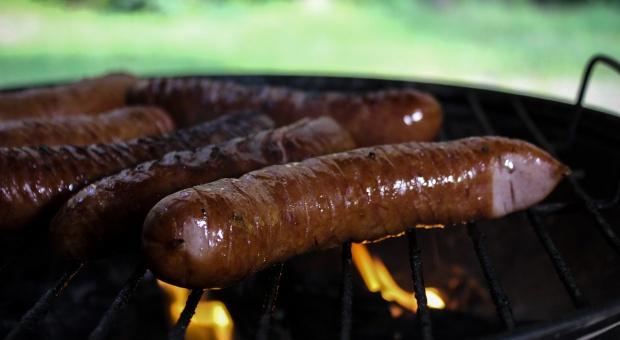 Tegoroczna majówka tańsza dla miłośników grilla