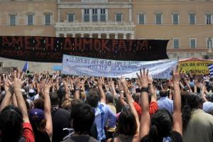 Strajki na trzy miesiące po zmianie rządu w kraju
