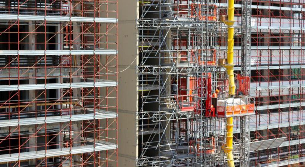 Rynek pracy w budowlance zmienia swoje oblicze. Poszukiwani nie tylko pracownicy fizyczni
