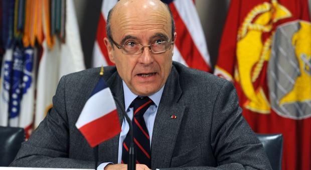 Francuski kandydat na prezydenta chce wydłużyć tydzień pracy