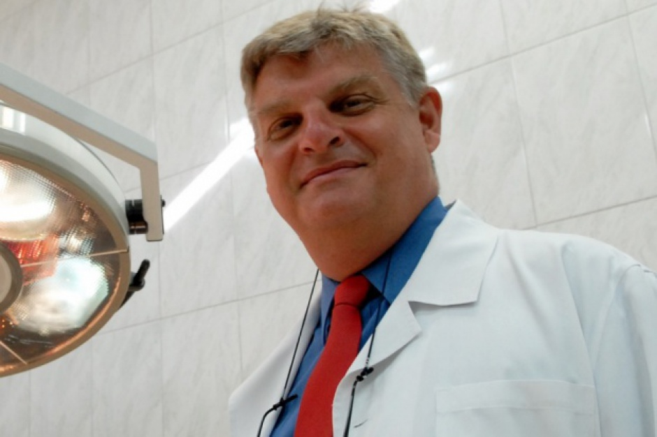 Zawód chirurga stracił prestiż? Brakuje lekarzy, a młodzi nie chcą sięgać po skalpel