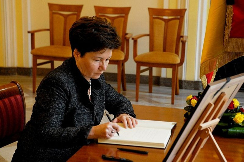 Warszawa: Dzięki klauzulom społecznym udało się zatrudnić tysiące osób