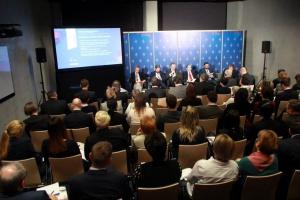 Tovmasyan: Nie możemy kształcić kadr dla innych państw