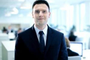 Łatwiej rekrutować pracowników, którzy identyfikują się z firmą. Dlatego warto ich przeszkolić