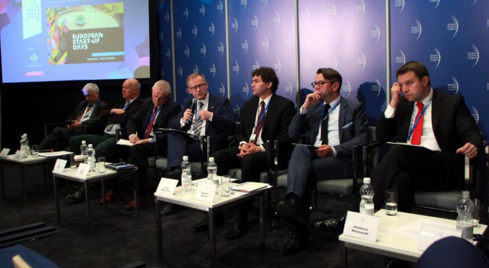 EEC 2016: Tylko tworzenie miejsc pracy może zapobiec depopulacji