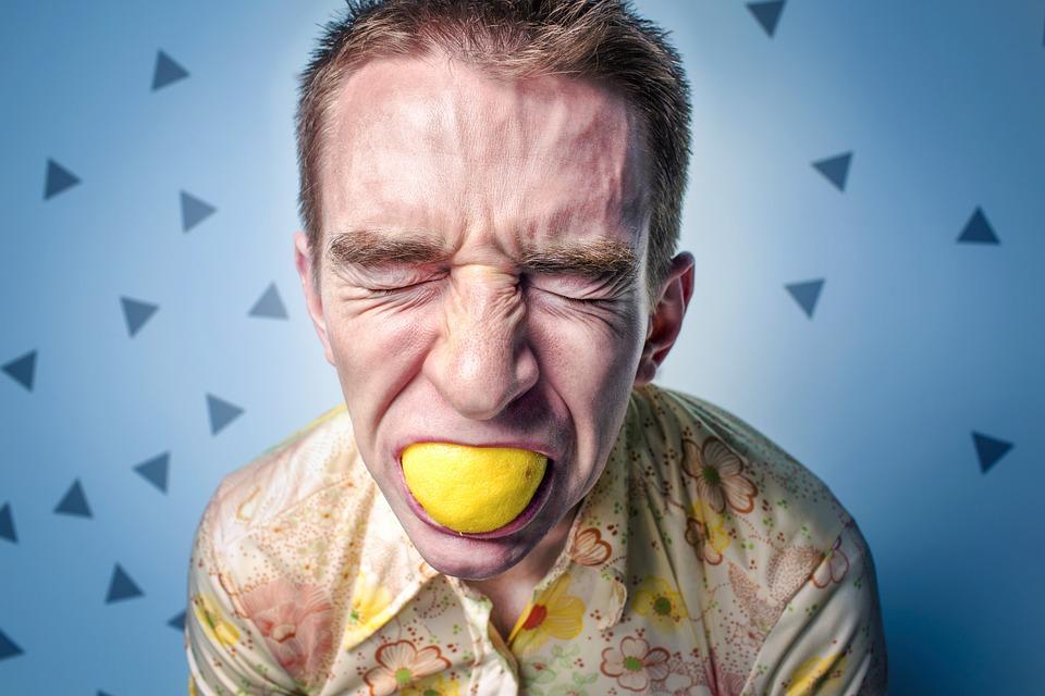 Pracownikom często brakuje dystansu, odporności na stres, umiejętności mówienia o swoich potrzebach i odczytywania emocji innych (fot.pixabay.com)
