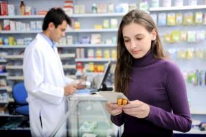 Absolwenci informatyki i farmacji. To oni mogą liczyć na najwyższe pensje na starcie