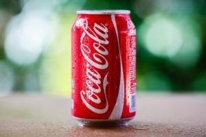 Wypłaty dla pracowników Coca-Coli wstrzymane