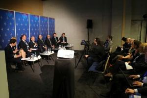 PiS zmienił klimat inwestycyjny? Na dwoje babka wróżyła