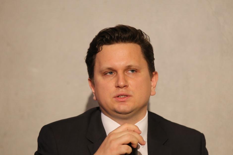 Łukasz Waszak: Bezrobocie najniższe od wielu lat, optymizm konsumentów i przedsiębiorców także najlepszy od wielu lat. Fot. PTWP
