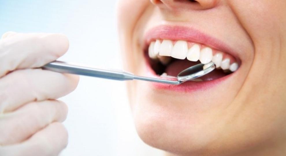 Dentysta, praca: Zarobki zależą od tego ile się pracuje