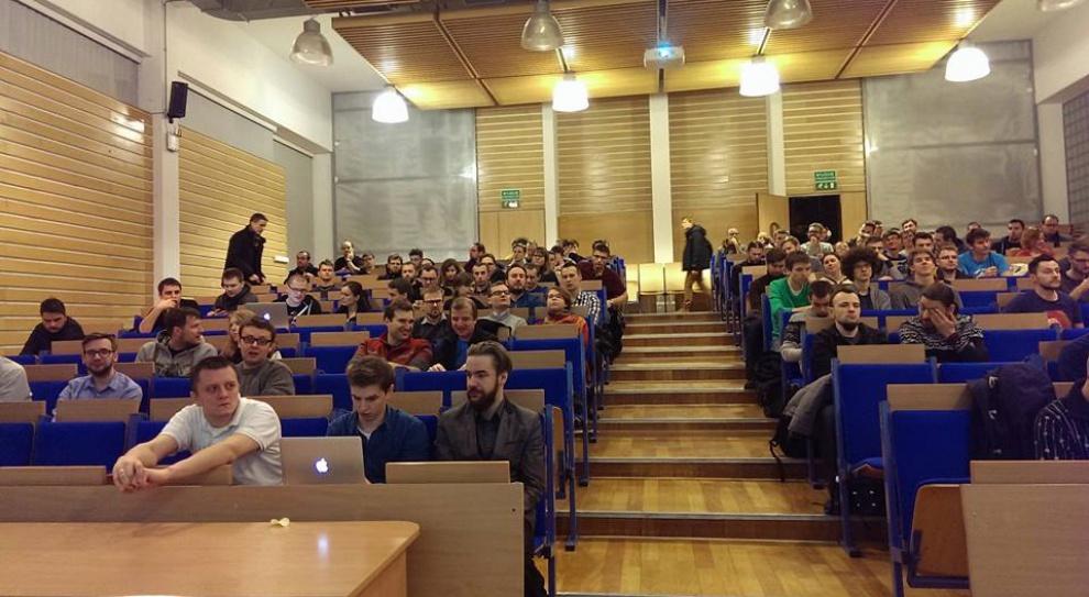 Konkurs na bezpłatne studia w Polsko-Japońskiej Akademii Technik Komputerowych