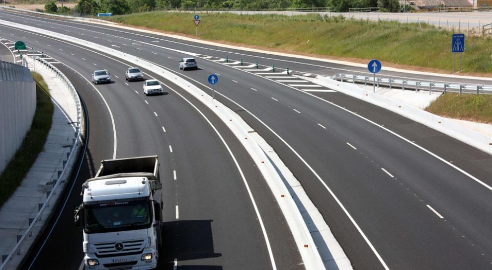 Płaca minimalna uderza w przewoźników. Polska interweniuje w UE