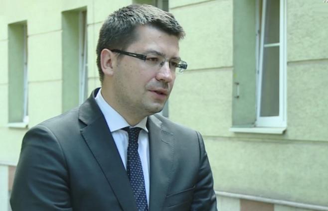 Biurokracja to codzienne trudności i nie zawsze zrozumiałe dla przedsiębiorców mechanizmy, którym muszą być poddani - mówi Mariusz Haładyj (fot.newseria.pl)