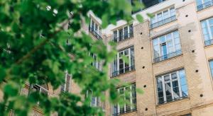 Warszawa, mieszkania: Czynsz za wynajem kosztuje połowę średniej pensji