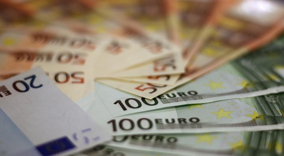 """Niemcy: Praktykantka dostanie 50 tys. euro odszkodowania za """"staż"""""""