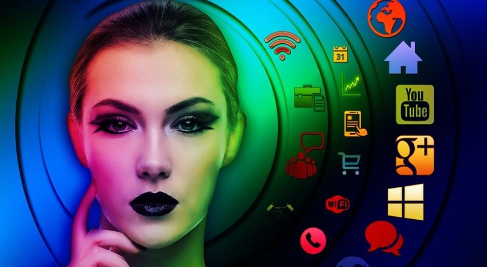 Gaj, internet: Wzrost kompetencji cyfrowych to nowe zawody i miejsca pracy