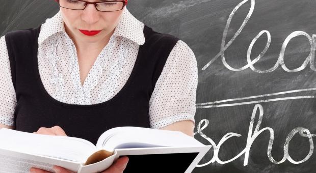 Elbląg: Nauczyciele dostaną odprawę, jeśli sami odejdą na emeryturę