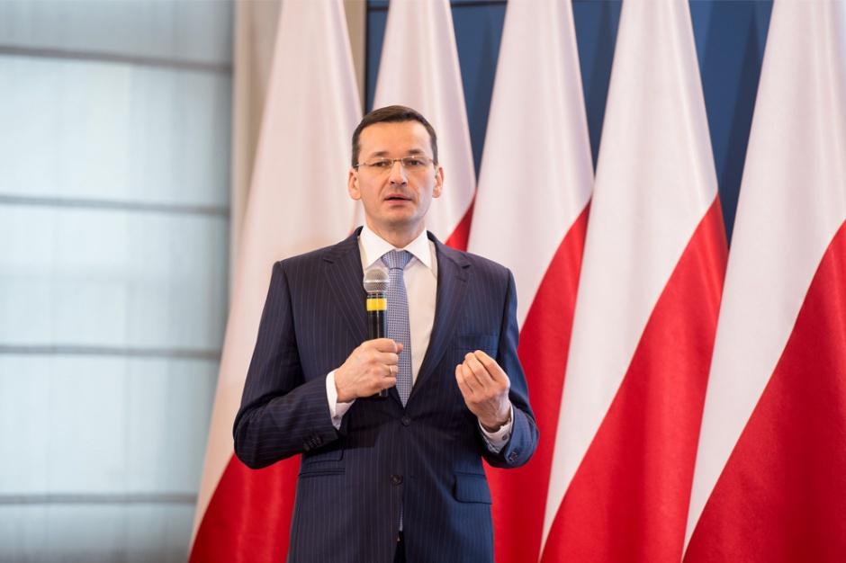 Morawiecki w Niemczech o pracownikach delegowanych i stawkach dla kierowców