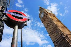 Jakie są korzyści, a jakie zagrożenia Brexitu?