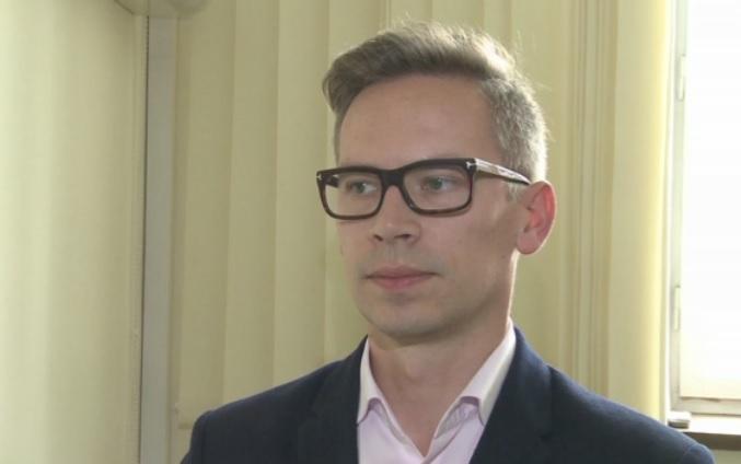 – Jeżeli okaże się, że budżet się nie spina, to myślę, że wielu polityków będzie chciało zrobić coś z systemem emerytalnym - mówi Andrzej Lis (fot.newseria)