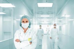 Nowa płaca minimalna w służbie zdrowia? Pielęgniarki i lekarze niezadowoleni