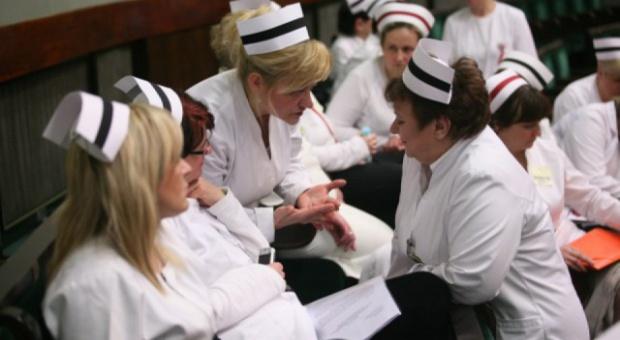 Pielęgniarki pikietowały przed Ministerstwem Zdrowia