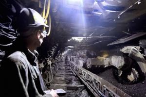 Tysiące górników straciło pracę w kopalniach