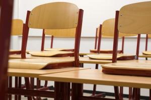Nauczyciele boją się, że reforma oświaty pozbawi ich pracy