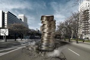 Płaca minimalna w wysokości 2 tys. zł brutto? Polacy mają obawy