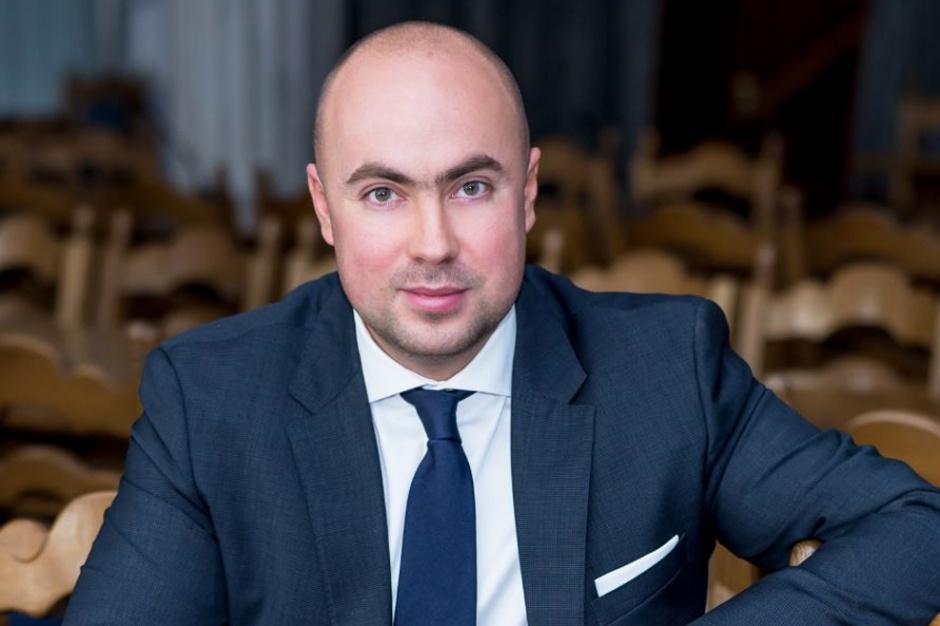 37-letni Maks Kraczkowski od 2005 roku był posłem PiS. (Fot. kraczkowski.pl)