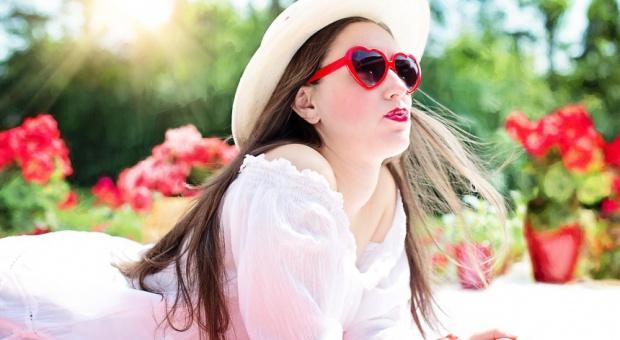 Dress code, lato: Biznesowy styl kobiety ulega zmianie