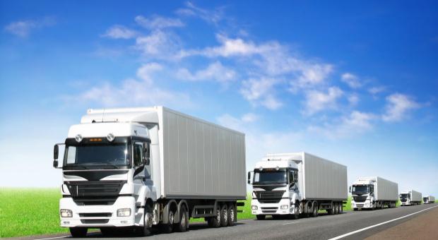 KE: Francja i Niemcy ograniczają swobodę świadczenia usług w transporcie