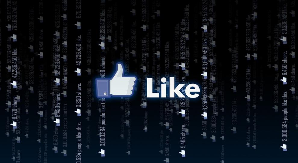 Social Media: Facebook pomaga budować relacje w firmie i poprawia efektywność pracy