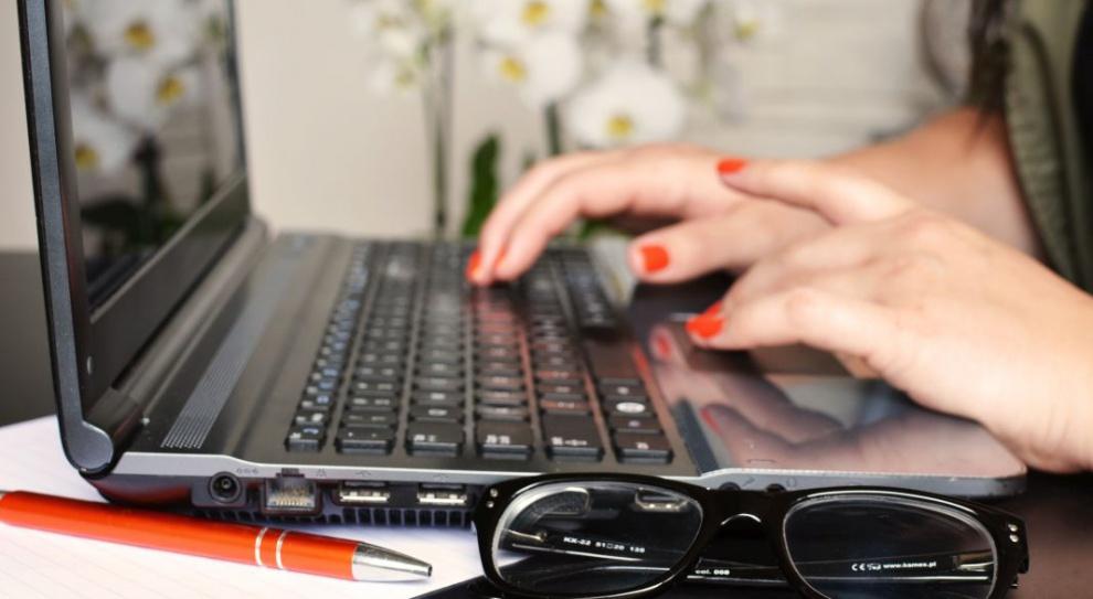 Przybywa kobiet na rynku IT. Dobrze wpływają na atmosferę