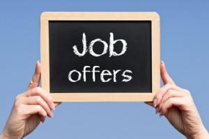 Przybywa ofert pracy. Gdzie firmy szukają pracowników?