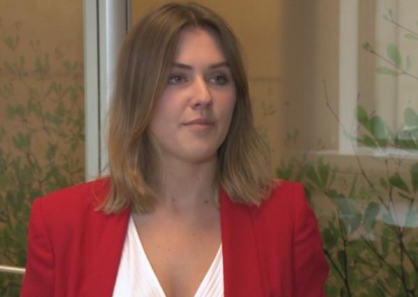 Wiele komentarzy wzbudziły informacje dotyczące strajków na lotniskach, które wiążą się z opóźnieniami lotów i wpływają na plany wakacyjne (Karolina Masalska, fot.newseria.pl)