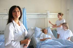 Wróci liceum pielęgniarskie?