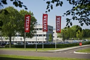 Velux odpowiada Fakro: Wspieramy rozwój polskiej produkcji. Zatrudniamy 3,5 tys. Polaków