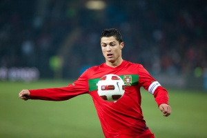 Cristiano Ronaldo leczy kolano u... dentysty