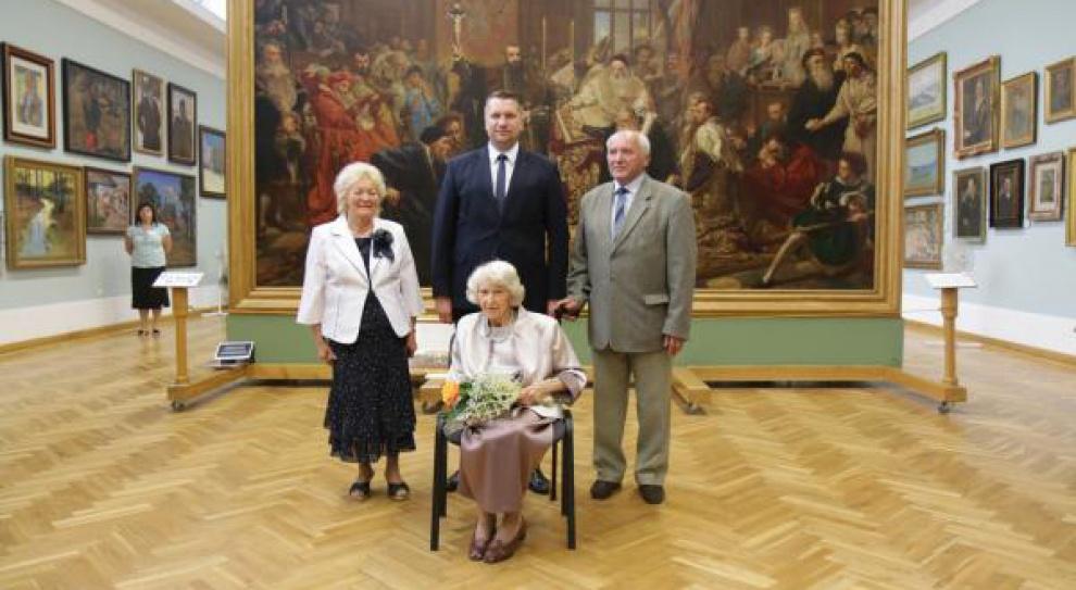 Lublin: Były urzędnik został odznaczony pośmiertnie za ochronę obrazów Matejki