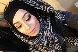Zakaz noszeniu hidżabu w pracy jest niezgodny z prawem