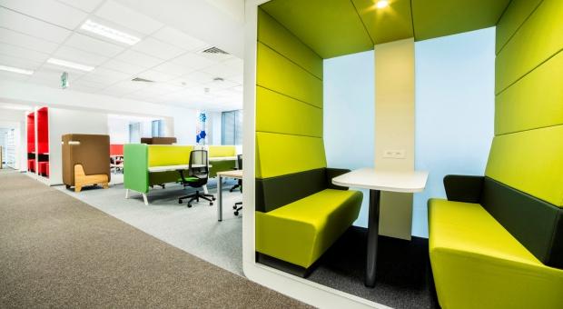 Pracodawcy coraz częściej stawiają na elastyczne biura