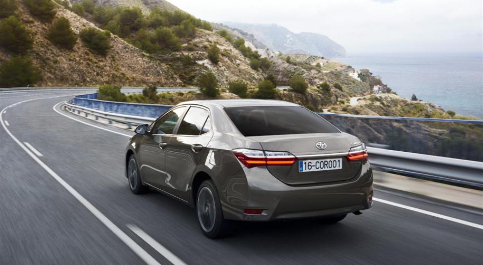 Toyota przeznaczy milion dolarów na ochronę środowiska