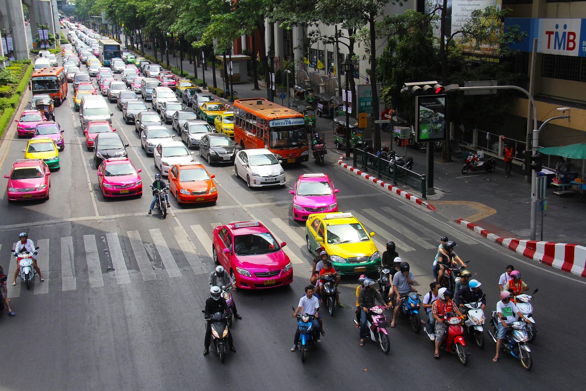 W poniedziałek (25 lipca) obchodzimy Dzień Bezpiecznego Kierowcy. (Fot. Pixabay)