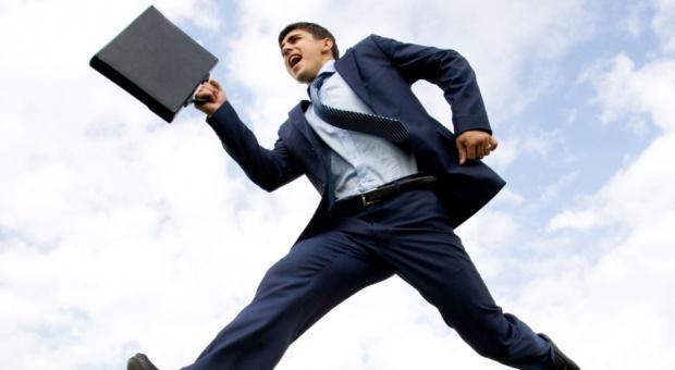 Jak zwiększyć zaangażowanie pracowników sprzedaży?