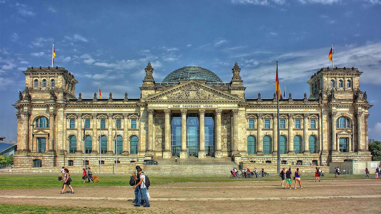 Berlin to dość zaskakującym wyborem na letni wypoczynek Polaków. (Fot. Pixabay)