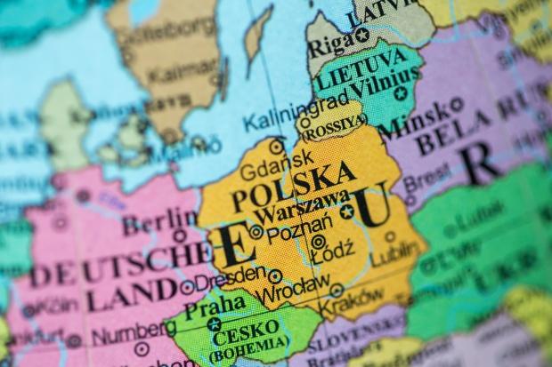 Najpopularniejsze miejsca, do których wyjeżdżają Polacy za pracą to Wielka Brytania, Niemcy, Holandia, Francja, Szwajcaria. (Fot. Shutterstock)